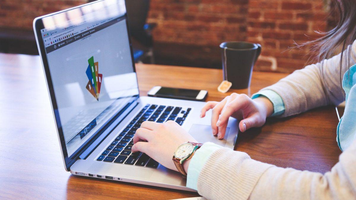 Pourquoi engager un rédacteur d'articles comparatifs ?